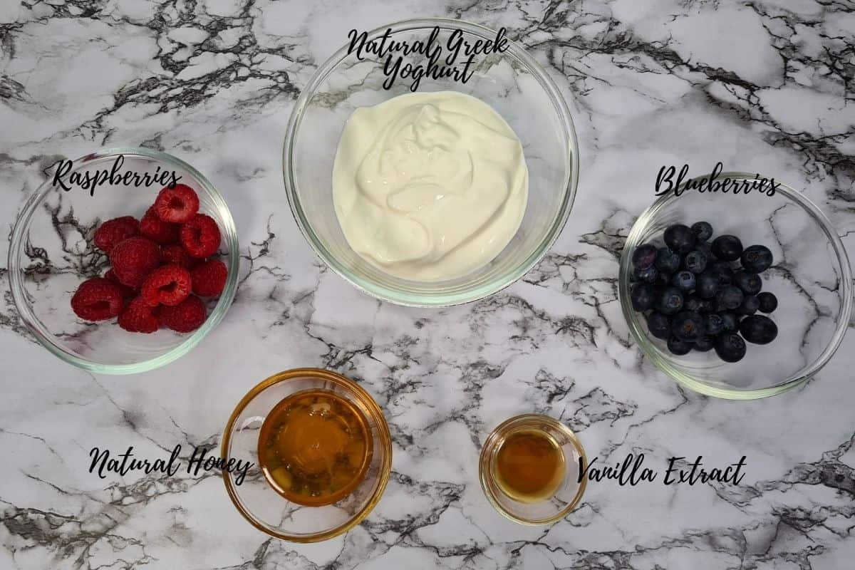 ingredients-for-raspberry-and-blueberry-smoothie