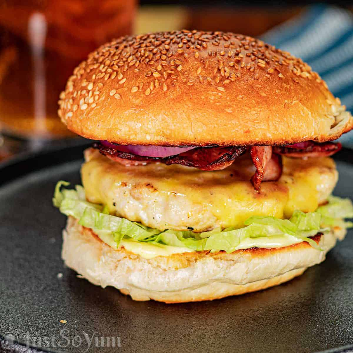 featured-image-for-weber-q-chicken-burger